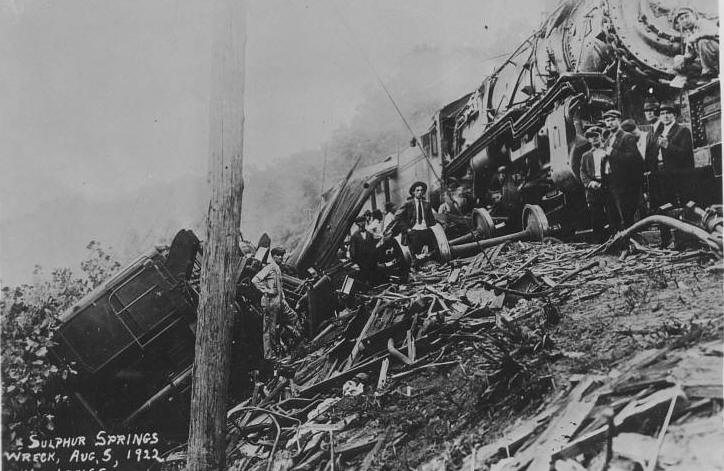 Train Wreck at Sulphur Springs in 1922 in which Isabelle D. EICHMEYER died.